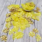 """Fantasy Sequins/Paillettes, Mixed and matched Yellow colour, """"Volumetric Iris"""" styled Sequins 16x13 mm, Made in France by Langlois-Martin, 30 pieces"""