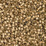 Бисер TOHO Treasuse (трежер) 11/0, Внутренняя позолота кристалл, эффект заморозки