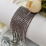 Стразовая лента с кристаллами цвета аметист в серебристой оправе, 2 мм