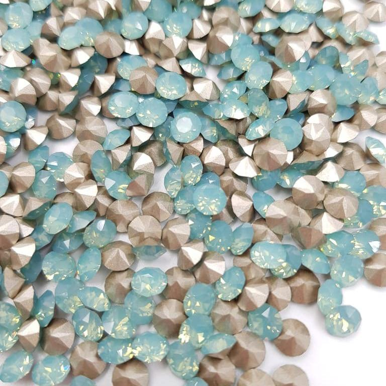 1088 Swarovski Round Stone SS24 Pacific Opal