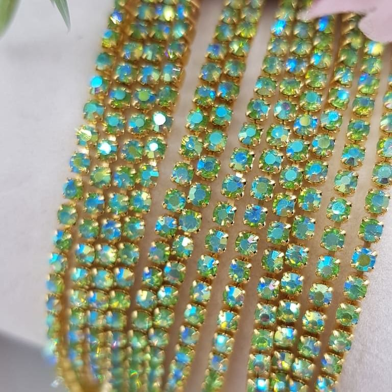 Crystal Rhinestone cup chain peridot AB gold ss6