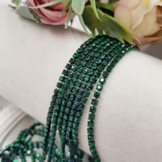 red cup chain emerald rhinestones ss6