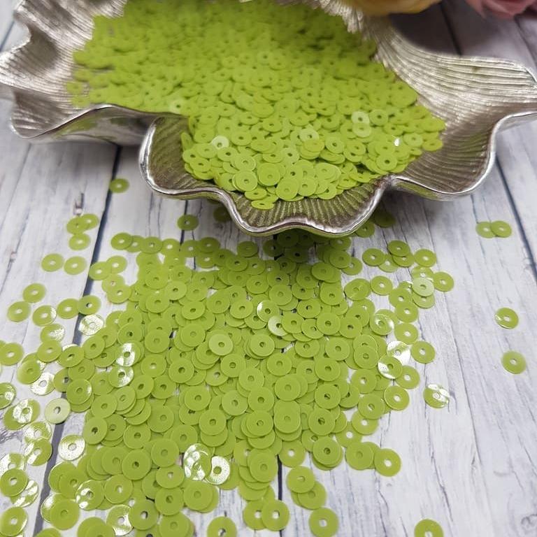 MP4-7654 Opaline Green Pea Italian Sequins, Andrea Bilics