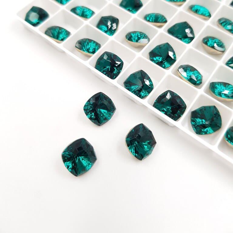 Swarovski Fancy Stones Mystic Square FS Emerald 8mm 5533165