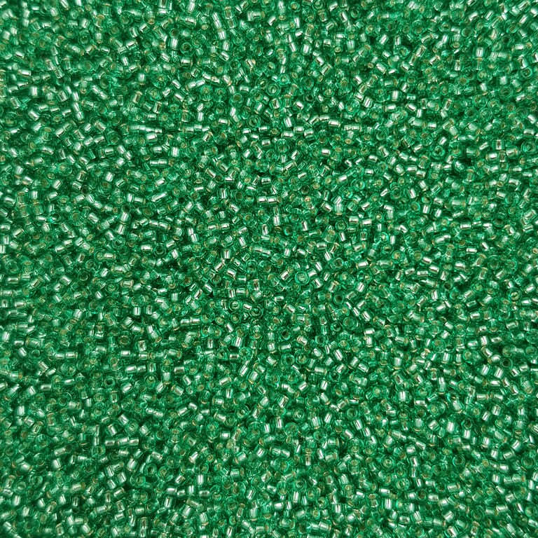 Toho seed beads TR-15-24B