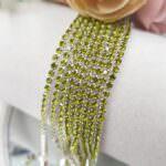 Стразовая цепь с оливковыми кристаллами в серебряной оправе, SS6