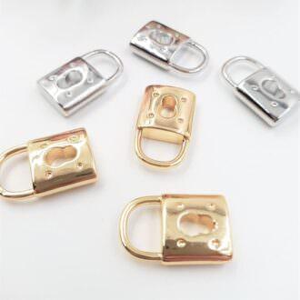 Brass-Pendants-Rhinestone-Lock-Rhoudium-Gold-P007-P008