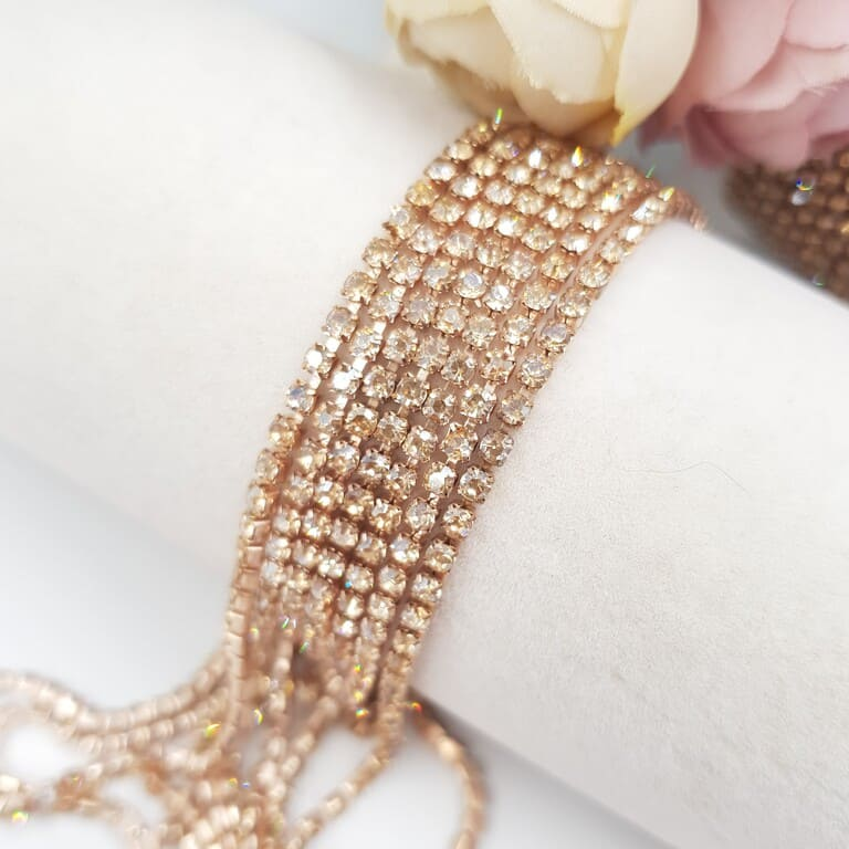 Rhinestone Cup Chain Champagne, Rose Gold Plating, SS6. CC83