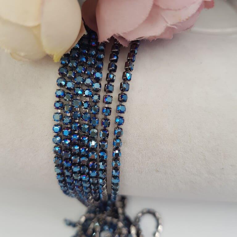 Rhinestone Cup Chain Metallic Blue, Black base SS6. CC84