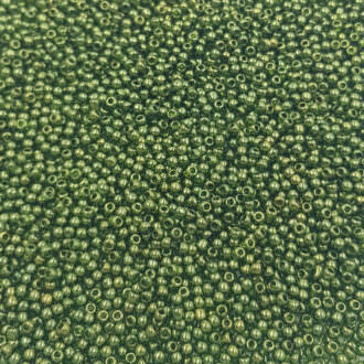 Toho seed beads Gold-Lustered Fern Green TR-11-333